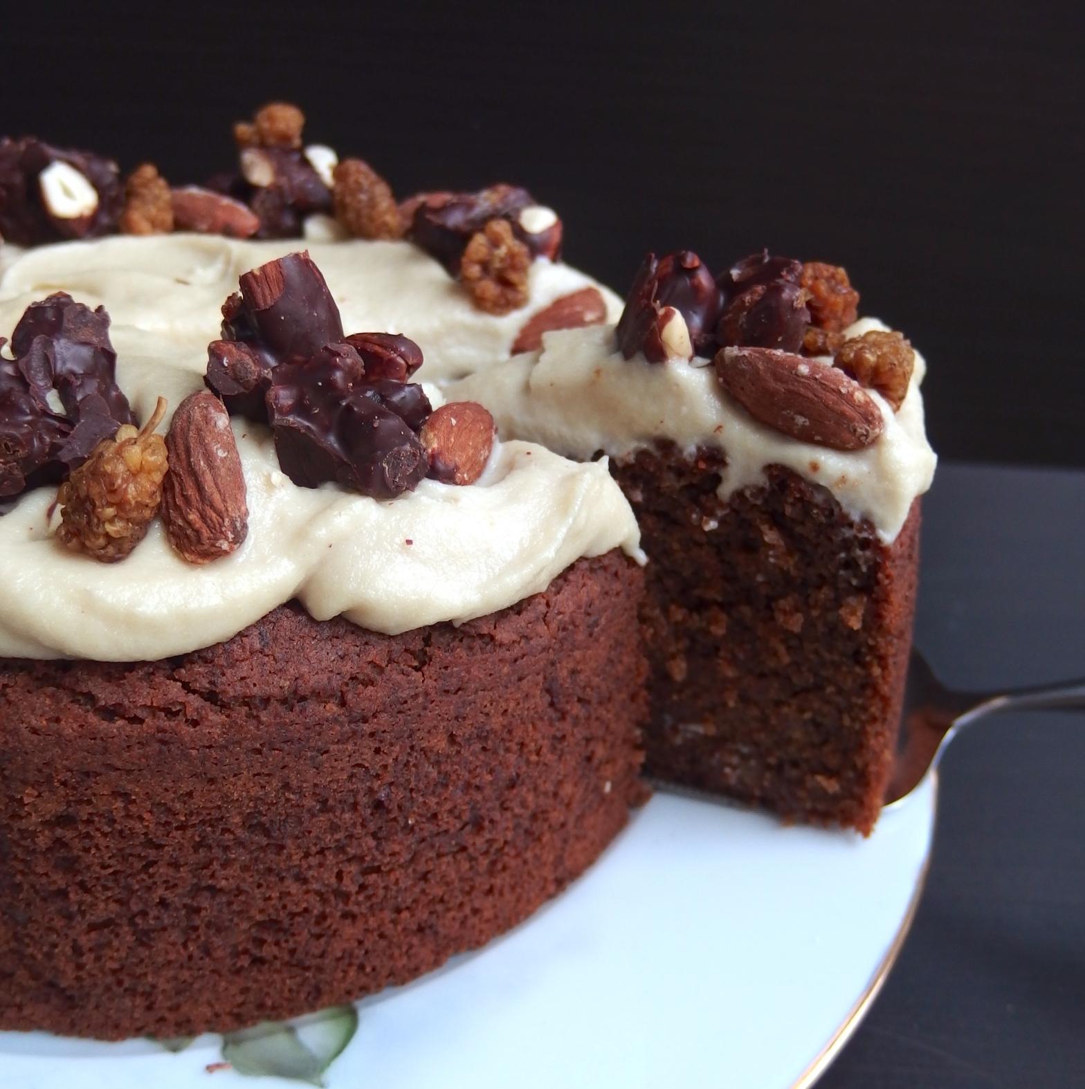 vegaaninen gluteeniton kakku